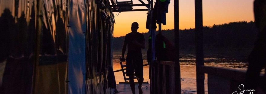 Sunset on the Nemunas | www.junemolloy.com