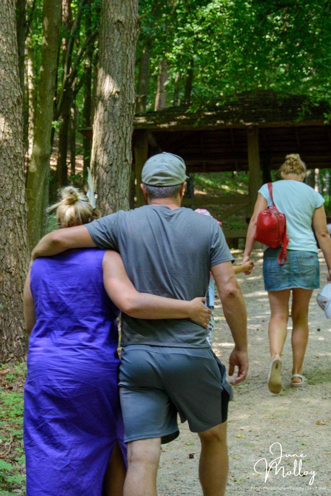 Guests in love   www.junemolloy.com