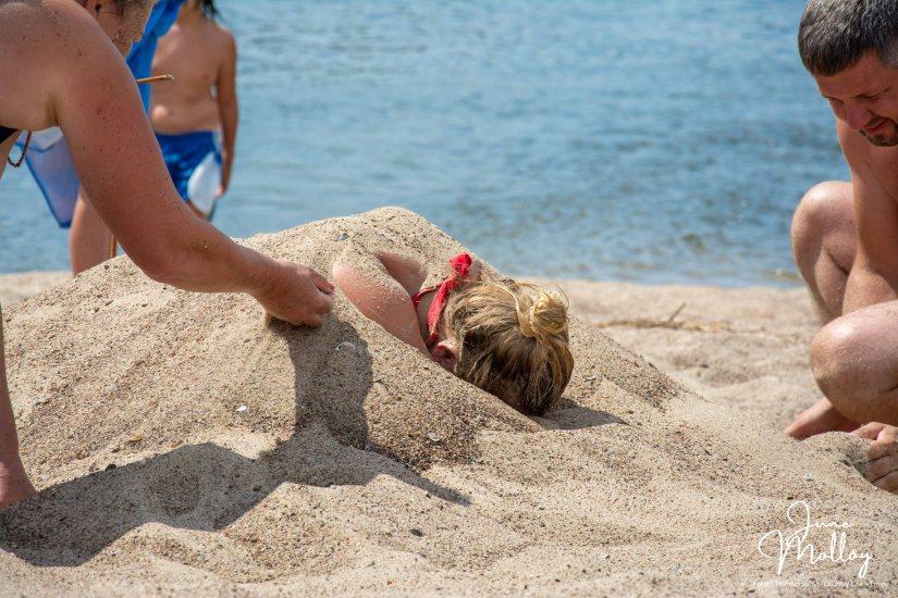 Nemunas Beach   www.junemolloy.com